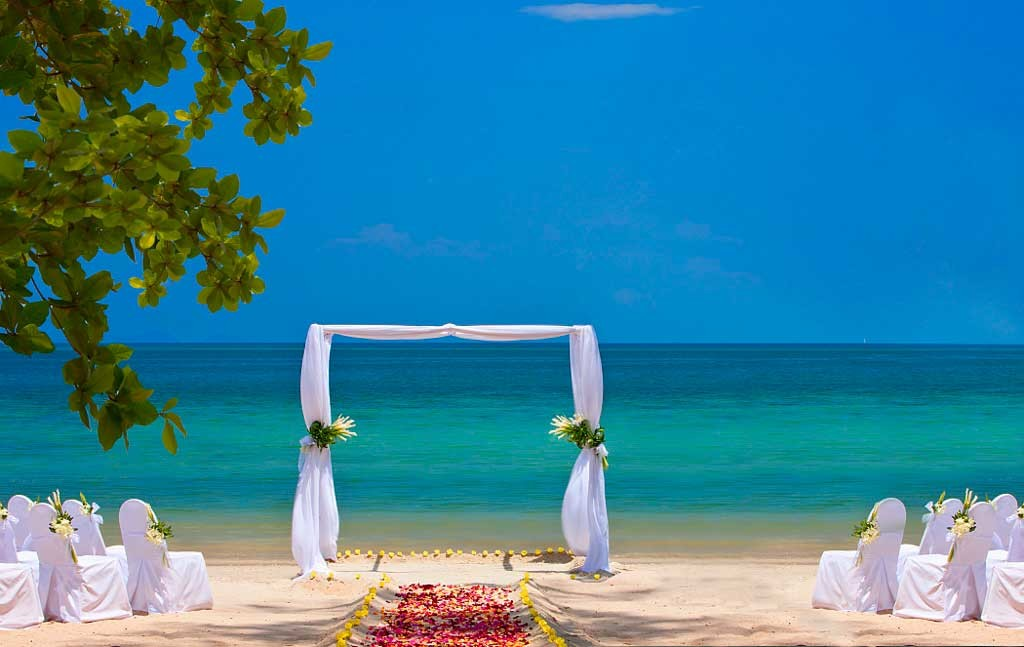 The-Andaman,-Luxury-Collection,-Langkawi--Weddings-on-the-beach-(1024x647)