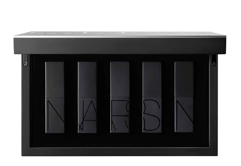 MB1215_Beauty_Nars_NARS-Steven-Klein-Humoresque-Audacious-Lipstick-Coffret-Packaging-(3)