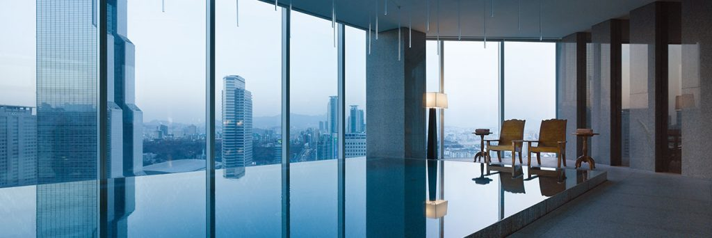 park-hyatt-seoul-p141-park-club-swimming-pool-i-1280x427