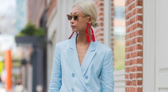 25 Of The Best Street Style Looks From New York Fashion Week Harper 39 S Bazaar Malaysia