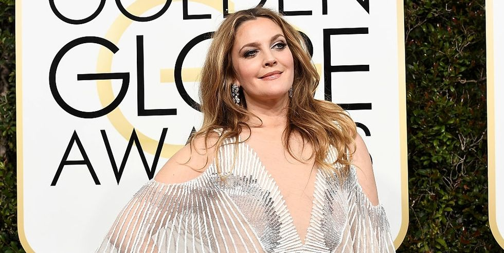 Drew Barrymore Demonstrates How to Handle Social Media Trolls