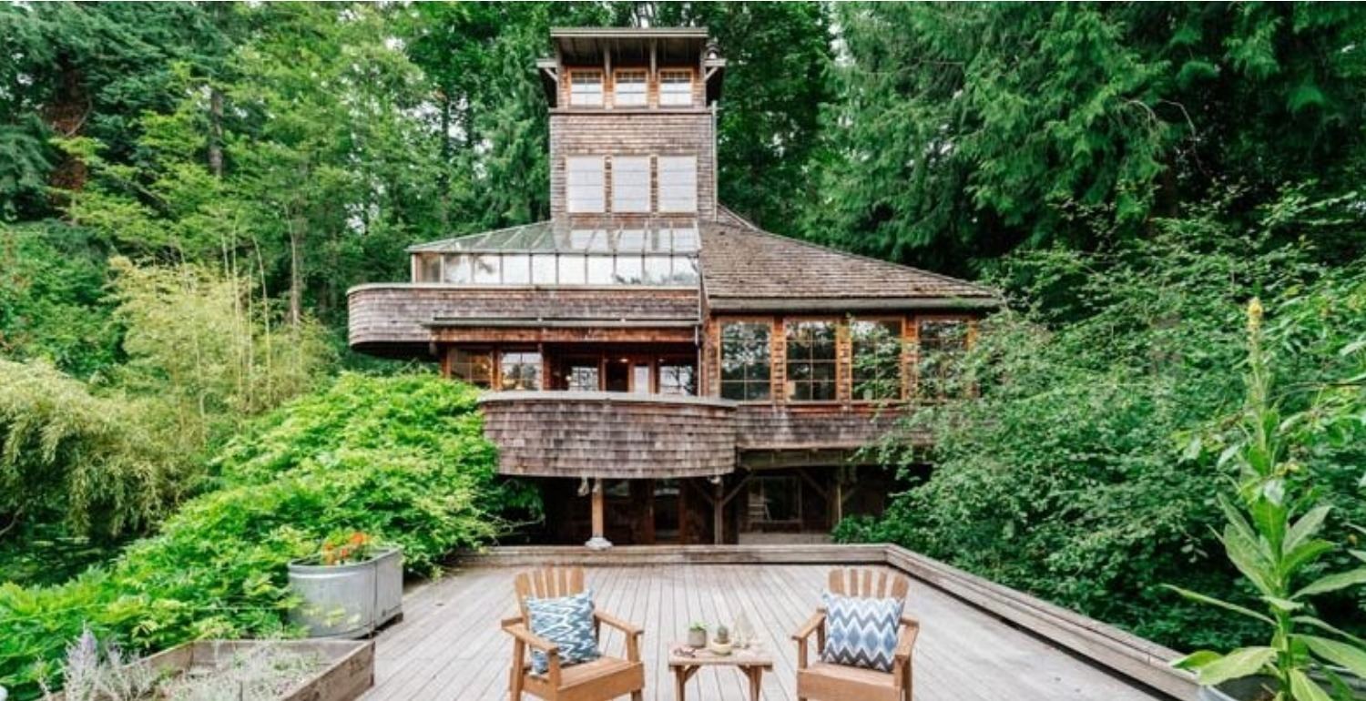 This Chic Five-Story Treehouse Just Became Zillow's 2017 House of the Year