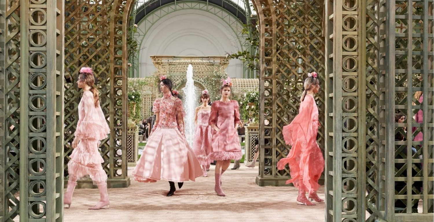 Haute Couture Fashion Week: Chanel Spring Summer 2018