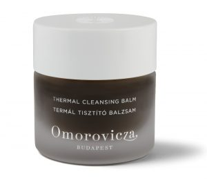 A gentle award-winning black balm featuring Hungarian moor mud that cleanses and removes all impurities