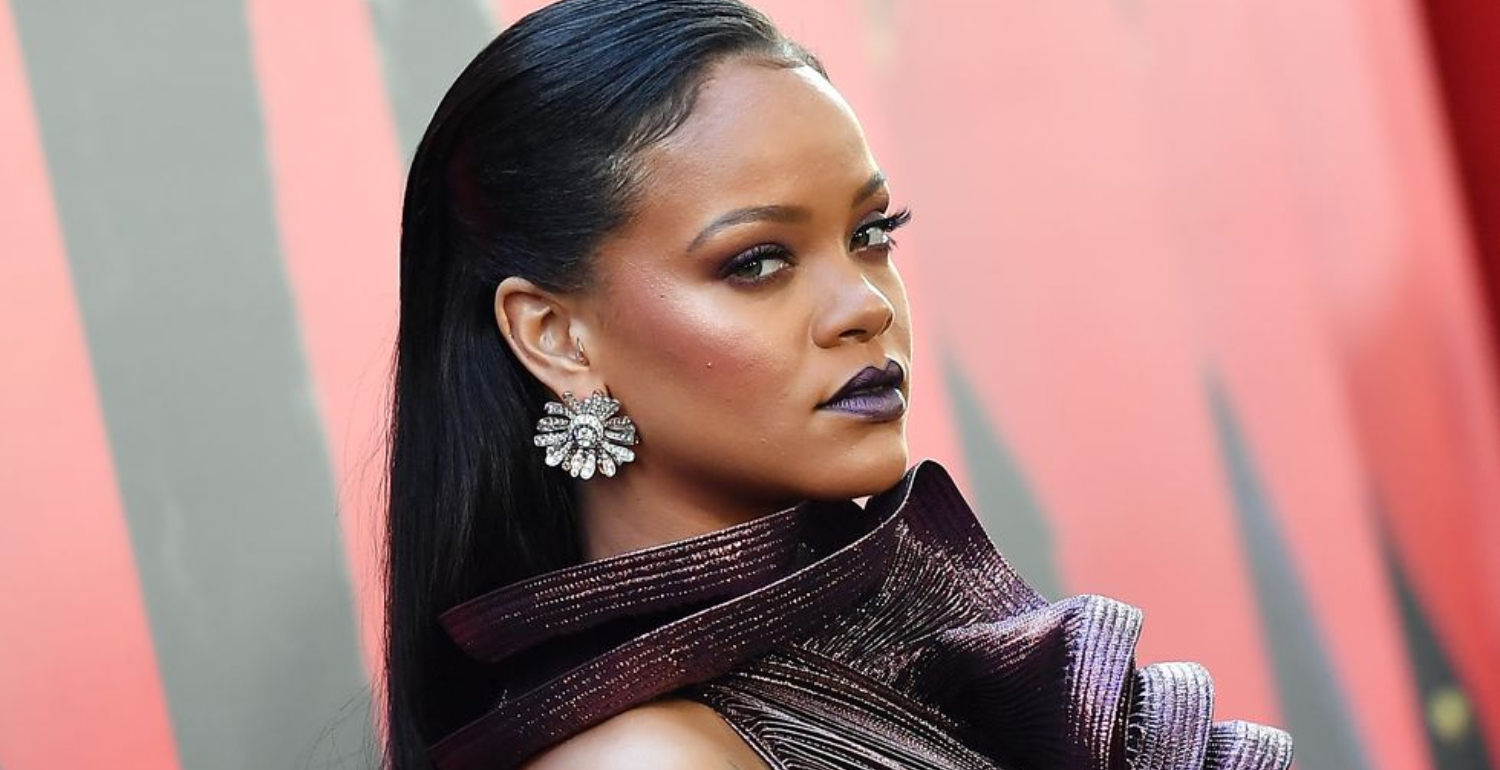 Rihanna Turned Down Super Bowl In Support of Colin Kaepernick