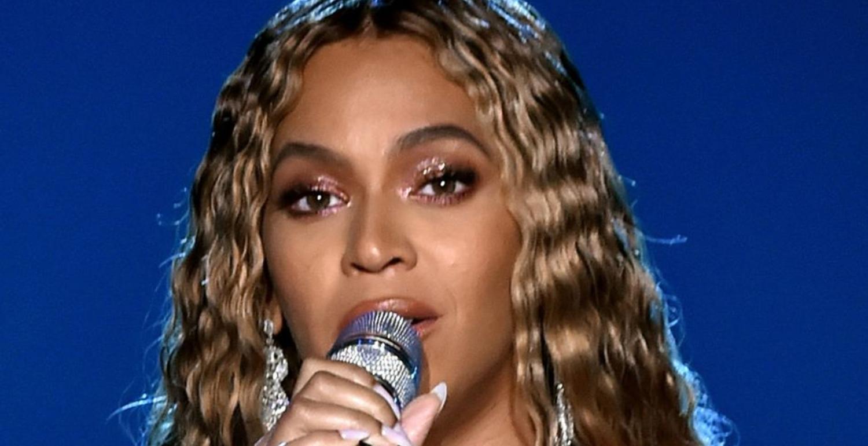 Beyoncé's Make-Up Artist Just Revealed The Secret To Her 'Second Skin' Make-Up