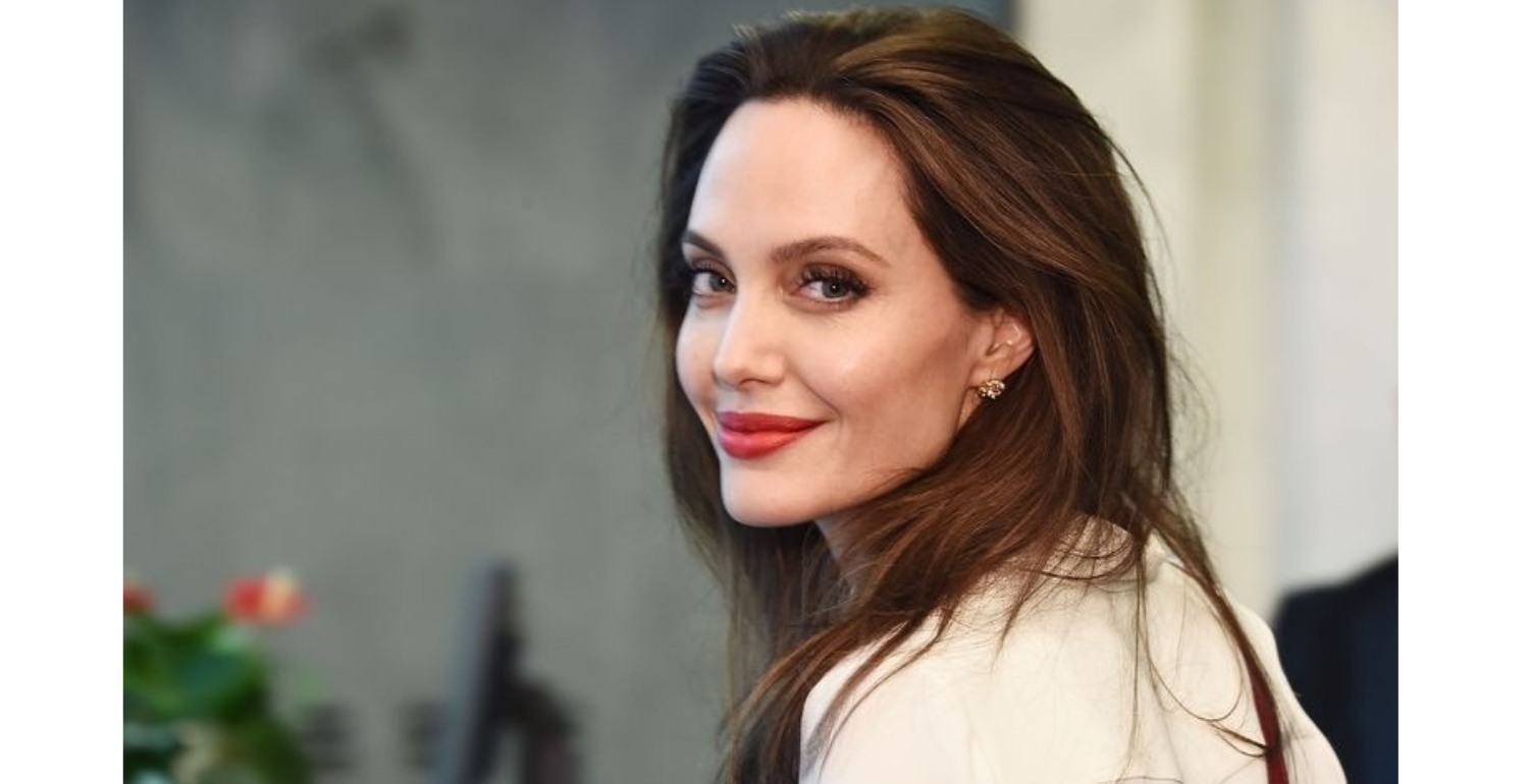 Angelina Jolie Will Be Returning To Our Screens Sooner Than Expected With Release Of Maleficent Sequel Poster