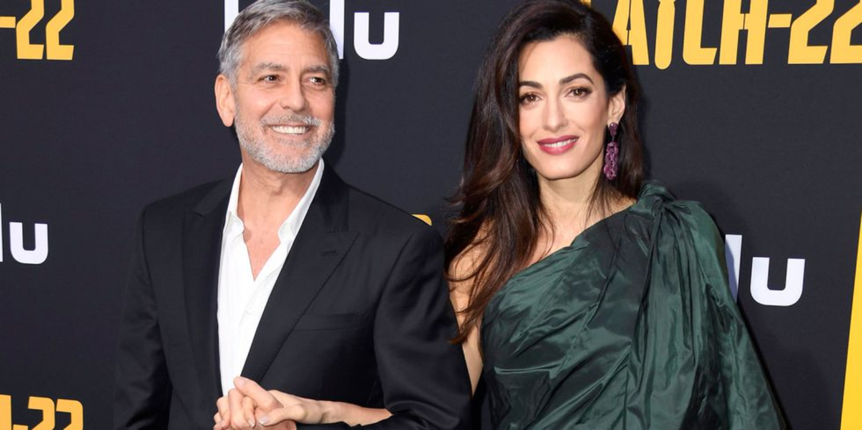 Amal Clooney Does Full '80s Glam In Oscar De La Renta