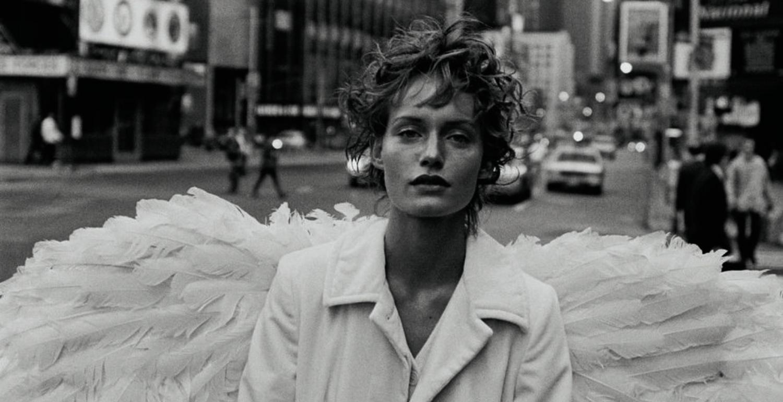 "Glenda Bailey On Peter Lindbergh's ""Gently Seductive"" Photography"