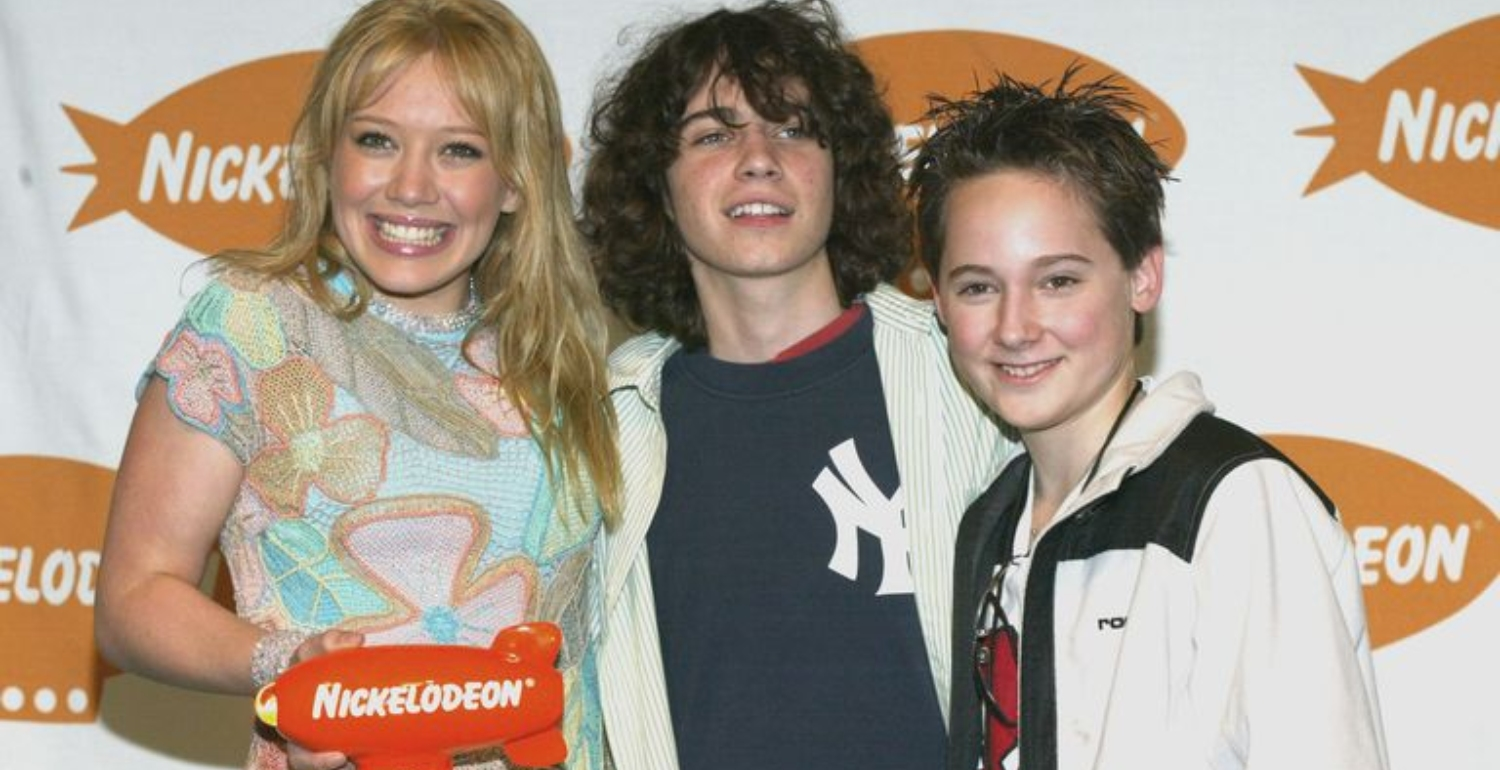 The Lizzie McGuire Reboot Is Officially Happening. Here's Everything You Need to Know.