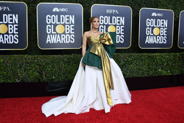 Jennifer Lopez Keeps the Christmas Spirit Alive at the Golden Globes