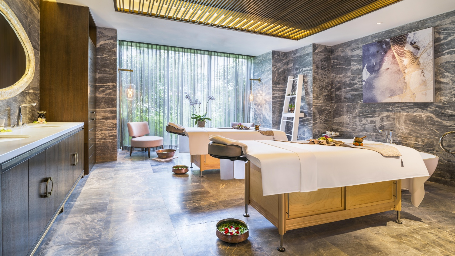 BAZAAR Spa Awards 2020: Most Skin-Calming Age Reversal Facial